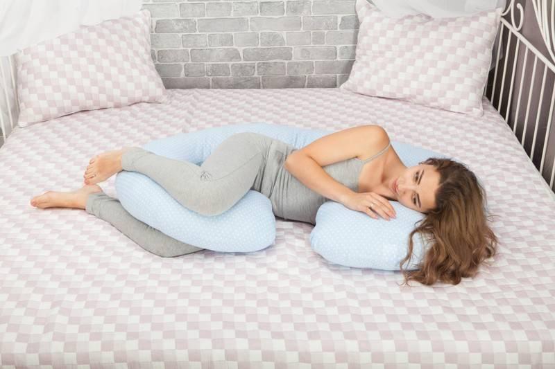 Лучшая подушка для беременных: полное руководство по выбору
