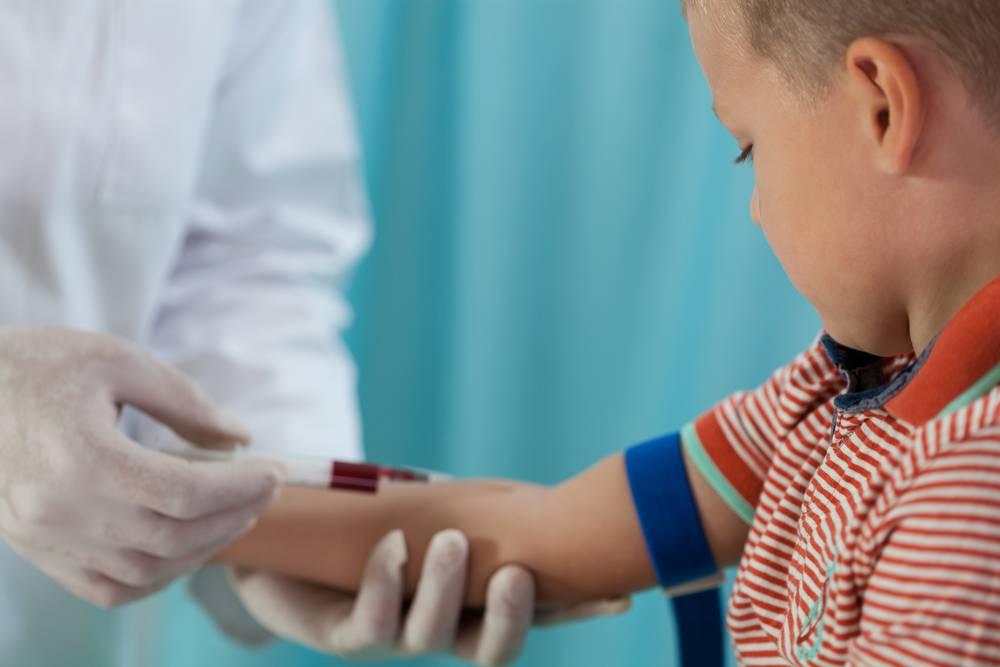 Как уговорить ребенка сдать кровь?