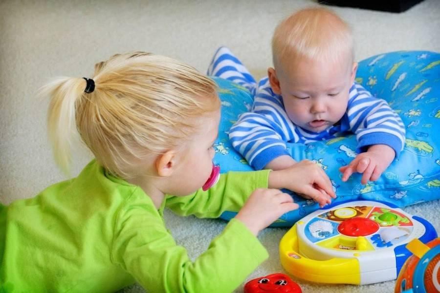 Игры для ребенка 3 месяцев