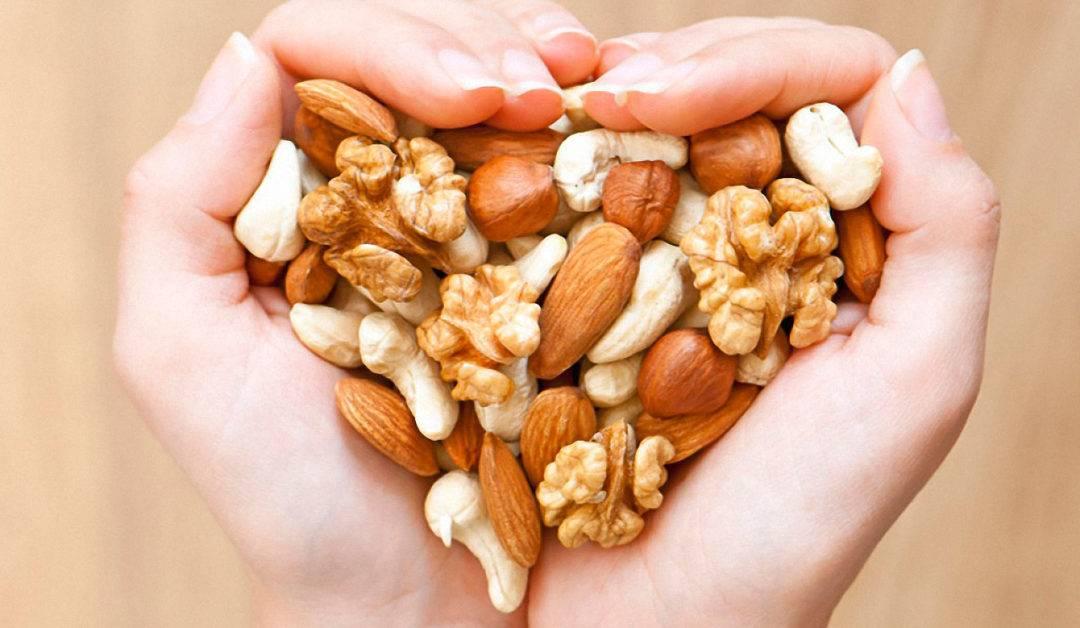 Грецкие орехи при беременности (1, 2 и 3 триместр)