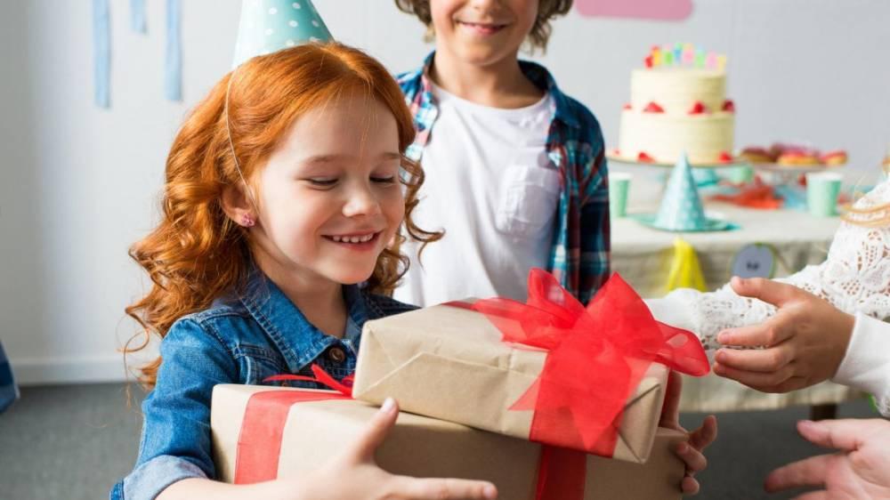Новогодние подарки для детей в2021 году