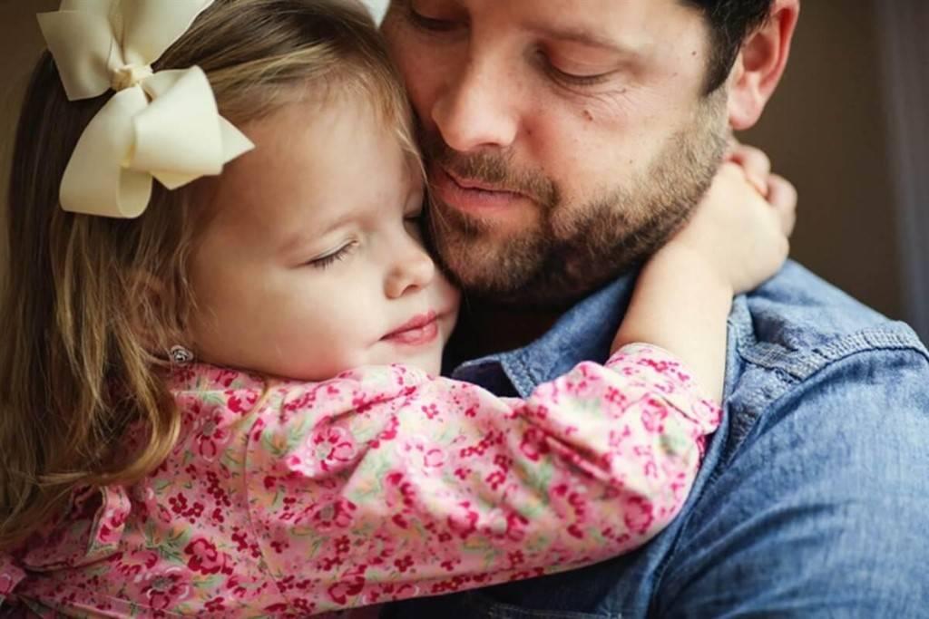 Папино слово: 20 сильных цитат, после которых захочется обнять отца | 5 сфер папино слово: 20 сильных цитат, после которых захочется обнять отца | 5 сфер