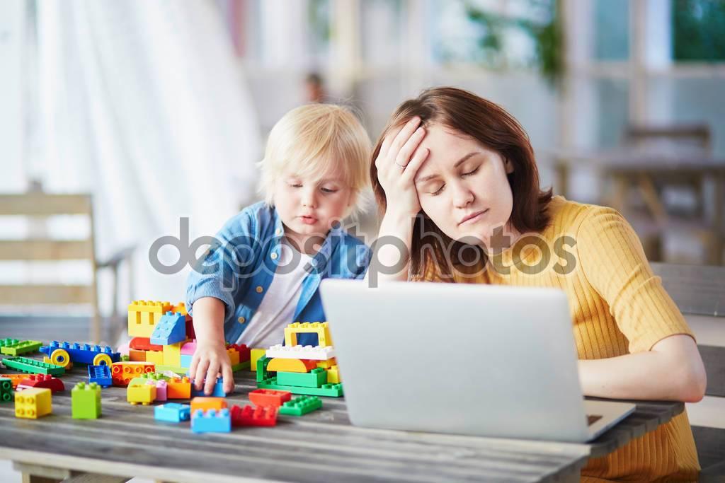 Как совместить работу и ребенка