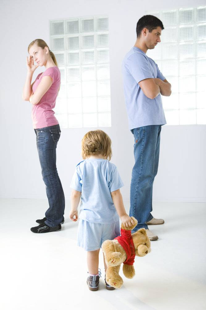 К чему приводят ссоры родителей при ребенке: советы родителям