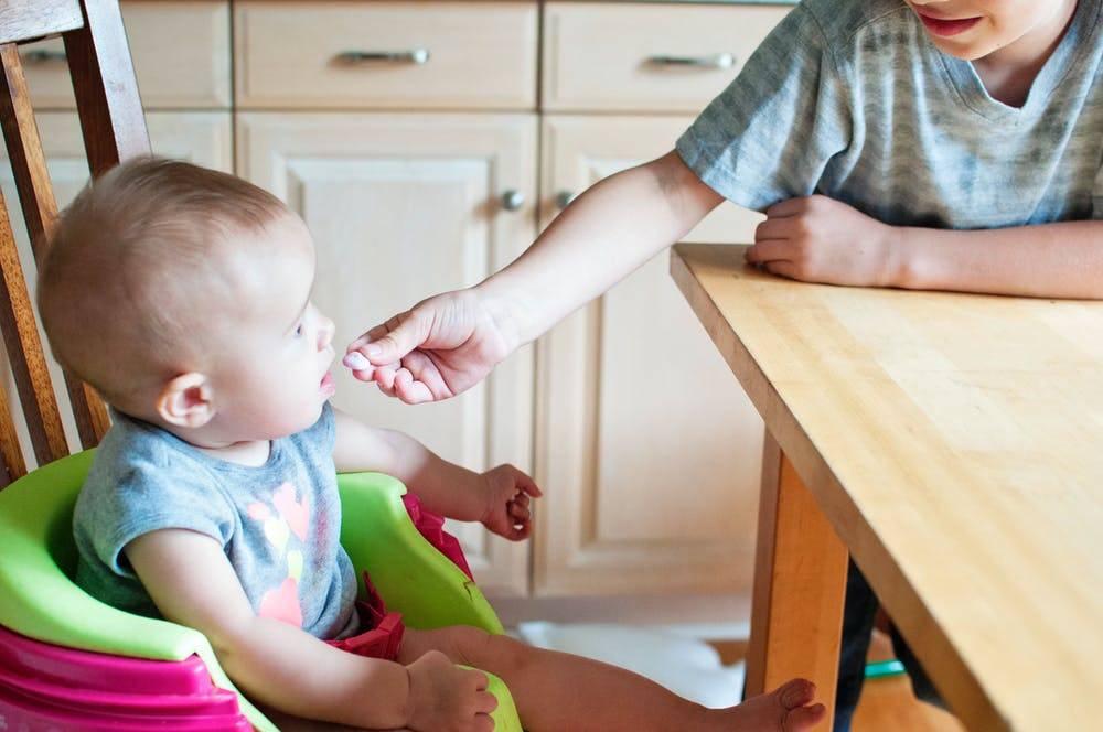 Ребенок не ест в детском саду: как решить проблему