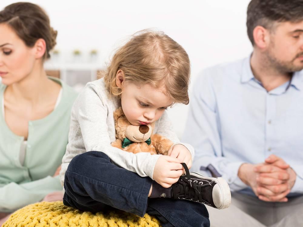 Как пережить развод родителей: рекомендации психолога детям