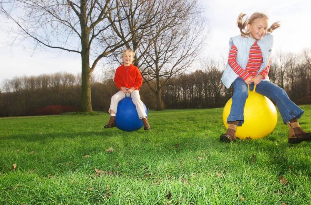 Летние игры на свежем воздухе для детей! 7 веселых игр, которые понравятся детям и родителям