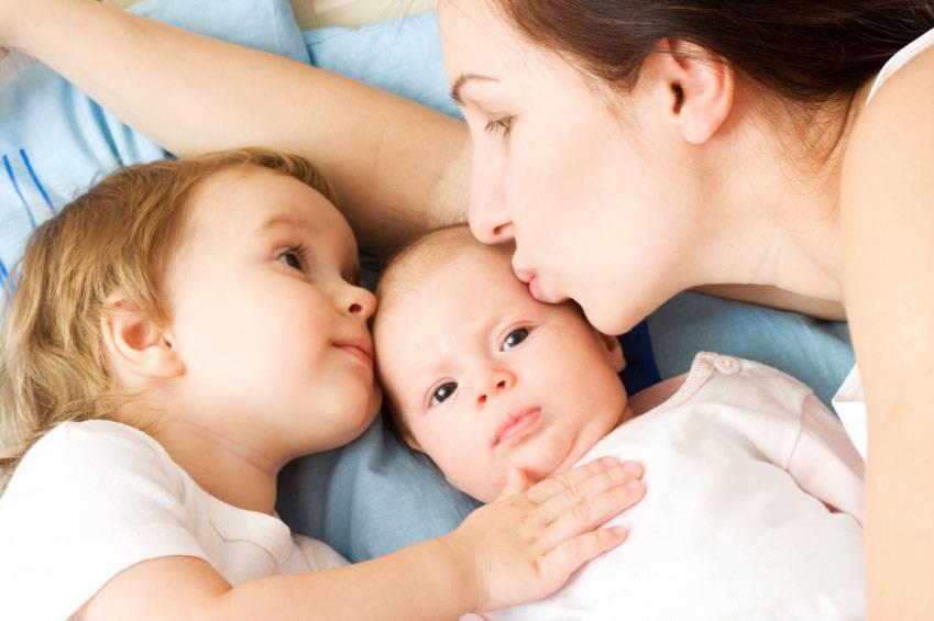 Дети погодки: трудности в воспитании и пути их решения!