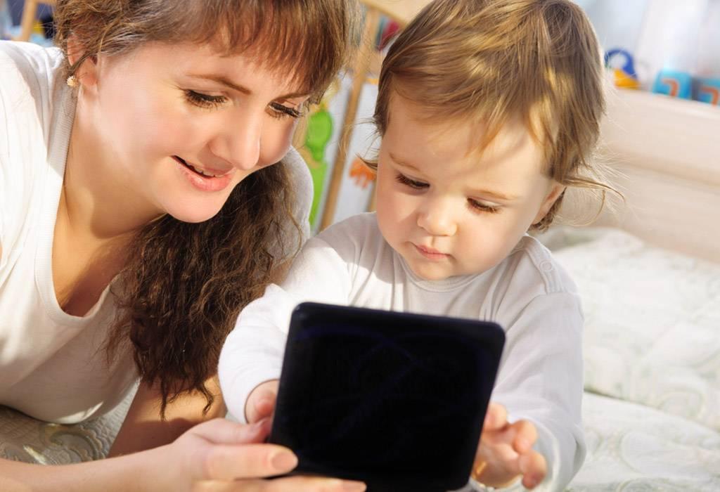Вред от планшета для детей - чем он плох или хорош для маленького ребенка?
