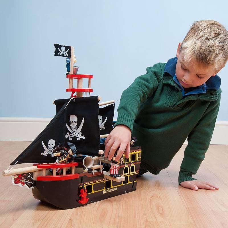 Что подарить мальчику на 7 лет - 64 фото идеи оригинальных подарков для мальчиков