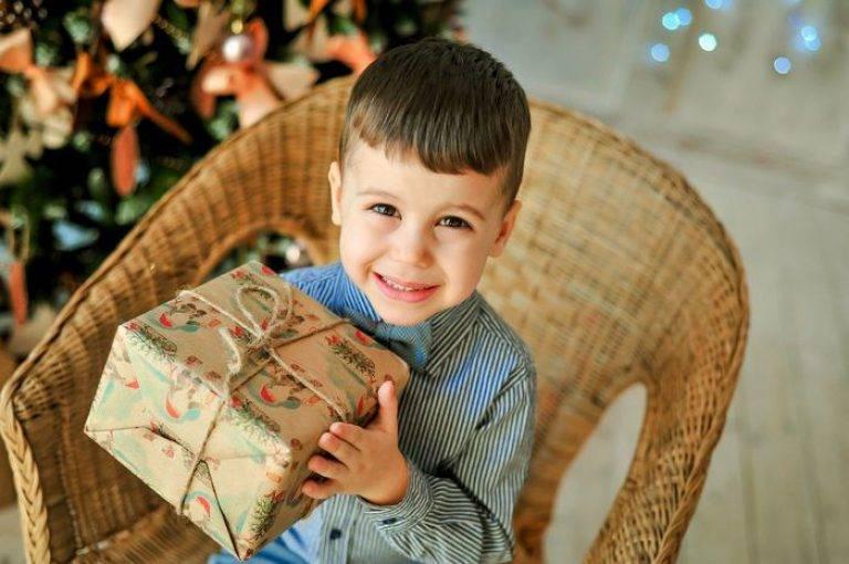 Что подарить ребенку на новый год 2021?  181+ идей для подарка