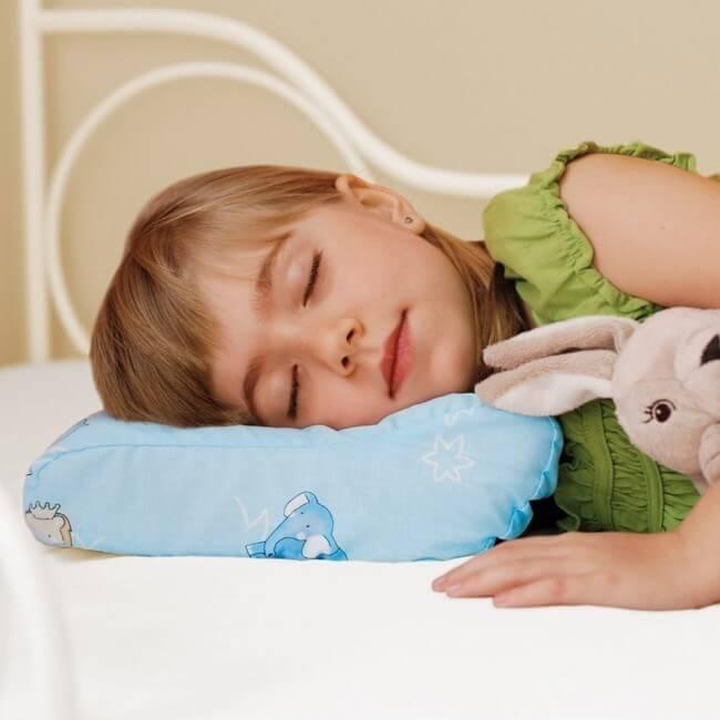 Как приучить ребенка спать в кроватке отдельно от мамы