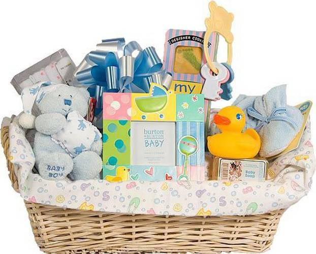 147+ идей что подарить на рождение ребенка (в примерах) и ещё варианты