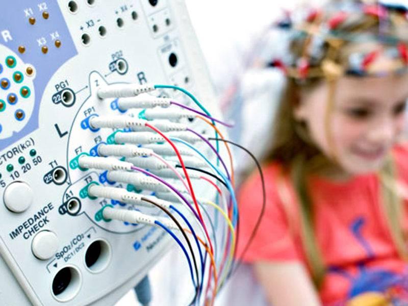 Энцефалограмма головного мозга: что такое электроэнцефалография, что показывает, для чего делают, подготовка к процедуре, противопоказания