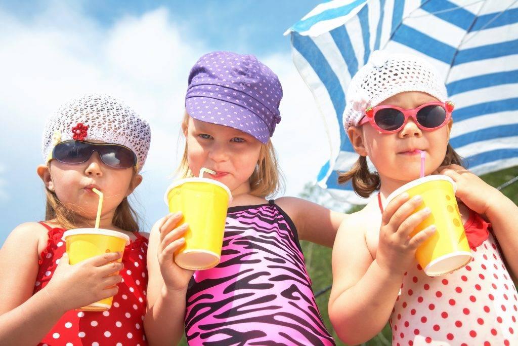 Как уберечь ребенка в летнюю жару | спастись и выжить! угрозы современного мира!