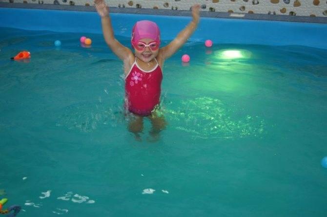 Комплекс упражнений для детей от 6 до 9 месяцев   школа «mamapapa»