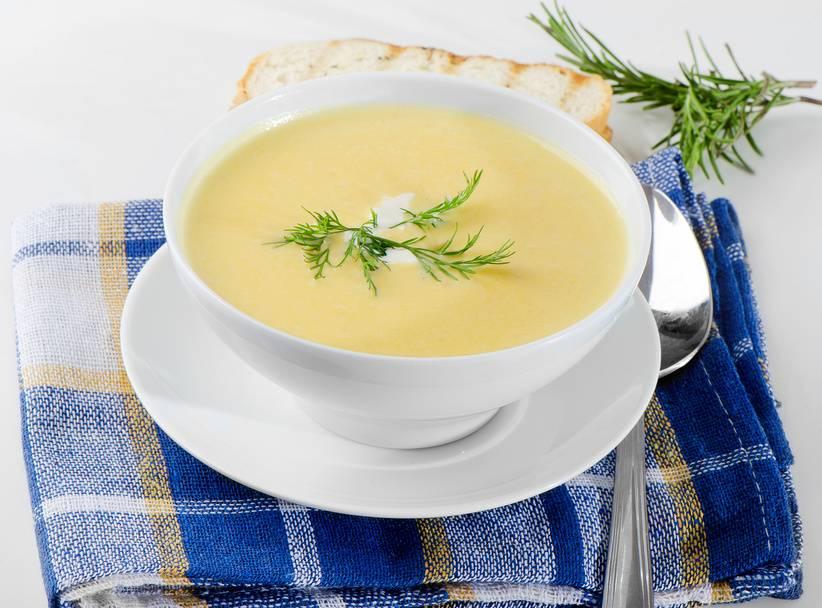 Какие первые супчики готовить детям 5 — 12 месяцев и в 1 год: лучшие рецепты детских супов. как вкусно приготовить овощные, мясные и молочные супы, супы-пюре для маленьких детей до 1 года: полезные рецепты